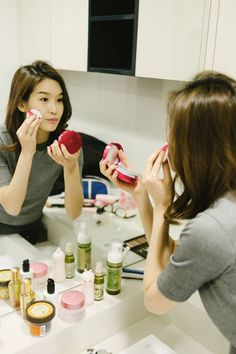 You can achieve a youthful look with K-pop Style! If you have seen a K-pop sensation, you might have wondered how they are able to achieve such a youthful and flawless skin. The Koreans have a precise skincare regimen that is...