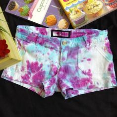 """Abercrombie Shorts Stretch. Says 12 in size, approx. Waist 26"""", Length 10"""" Abercrombie & Fitch Shorts"""
