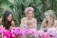 Bridal shower inspiration featured on @Green Wedding Shoes / Jen Campbell !