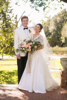 Mississippi wedding   Southern wedding style   @iloveswmag   Photographer: Sarah Becker Lillard   Reception Venue: Dunleith Historic Inn   Flowers: Katalin Green   Bride's Gown and Veil: Lian Carlo