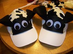 Easy DIY Cow Costume - Healthy Happy Thrifty Family - Apocalypse Now And Then Easy Diy Costumes, Group Halloween Costumes, Family Costumes, Halloween Outfits, Halloween 2014, Halloween Ideas, Kids Cow Costume, Cow Diy Costume, Cow Costumes