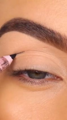 Doll Eye Makeup, Eye Makeup Steps, Makeup Eye Looks, Eye Makeup Art, Natural Eye Makeup, Pink Makeup, Smokey Eye Makeup, Eyeshadow Looks, Colorful Makeup