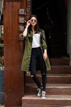 ♥ 24 hipster outfits for school 15 Japan Fashion Casual, Korea Fashion, Asian Fashion, Trendy Fashion, Winter Fashion, Womens Fashion, Fashion Sets, Korean Street Fashion Summer, Seoul Fashion