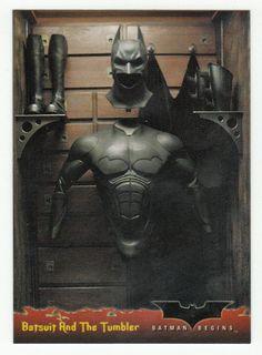 Batman Begins # 42 Batsuit And The Tumbler - Topps 2005