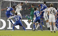 Đêm qua, trận bán kết FIFA Club World Cup giữa Cruz Azul vs Real Madrid đã diễn ra với kqbd chung cuộc 4-0 cho Real Madrid. Dù là trận bán kết nhưng sức mạnh của hai đối thủ là khá chênh lệch, khi đại diện từ châu Ấu Real Madrid mạnh vượt trội so với đại diện Bắc Mỹ là Cruz Azul (Mexico).