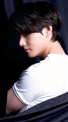 Bts Taehyung, Taehyung Photoshoot, Bts Jungkook, Namjoon, Foto Bts, Bts Photo, Taekook, V Bta, V And Jin