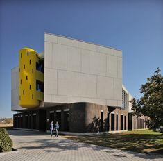 Gallery of Ayb Middle School / Storaket Architectural Studio - 1