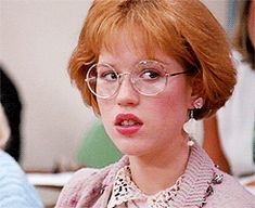 10 Reasons Molly Ringwald's Style Is Still The Coolest