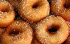 Zeppole sarde - Oggi vi proponiamo la ricetta per preparare le golosissime Zeppole sarde, delle ciambelline golose che si servono nel periodo di Carnevale. Provatele!
