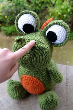 Airali handmade. Where is the Wonderland? Crochet, knit and amigurumi.: Giornata da dragosauro