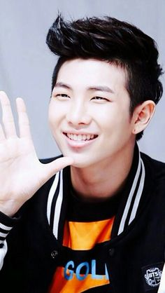 Namjoon with black hair a concept that I exept this comeback ☺️❤️