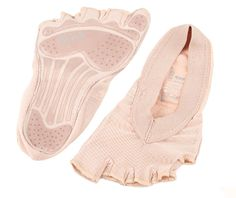BLOCH FORME PILATES FOOT SOCK £24.95 Pilates Shoes, Yoga Shoes, Dance Shoes, Workout Shoes, Workout Leggings, Barefoot Running, Foot Socks, Active Wear For Women, Sneakers Fashion