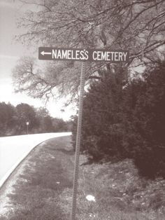 photo taken of a creepy sign on a Texas back road. Gothic Aesthetic, Over The Garden Wall, American Gothic, Southern Gothic, Night Vale, Back Road, Small Towns, Winchester, Cemetery