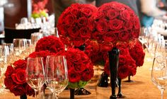 Red Centerpieces - Set 1 gallery | ColinCowie.com  LOVE THE LAYERED LOOK (NOT SO MANY THO, MAX 3)