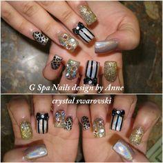 swarovski crystal & bow nail art