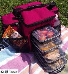 #Repost @1scruz with @repostapp  Isobag and Field Day  #winningcombo @isolatorfitness  #preparetofailfailtoprepare #mealprep #mealpreplife #isobag #isolatorfitness #mylunchboxiscoolerthanyours #fitmom #fitfam #fitkids #activekids #healthy #organic #wholefood #nutrition #healthybody  #healthyfood #mealprep #mealprepping #mealpreptime #mealprepsunday #fitness #fitspo #fitgirl #fitlife #fitnessmotivation #fitsporation