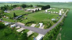 Stonehange Campsite, which is pretty much everyone and everything friendly. The closet you can camp to Stonehenge, and they even hold a Summer Solstice festival which sounds interesting. Stonehenge, Glamping, Caravan, Solstice Festival, Summer Solstice, Uk Campsites, Camping Pod, Camping Holiday, Camping Places