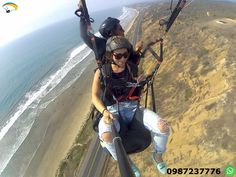 Paragliding Montañita Ecuador Make paragliding that lasts you 12 to 15 minutes with a certified and experienced instructor, enjoying the scenery of the Ecuadorian coast.