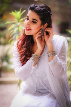 Boheme by Kanwal - We're totally crushing over the ethnic outfits that Hareem Farooq had been wearing lately for Heer Maan Ja promotions. The kind of dresses sh