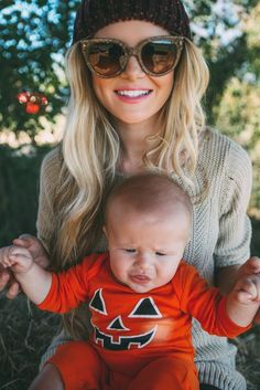 Hat: barefoot blonde blogger jeans make-up sunglasses halloween kids fashion knitted sweater baby