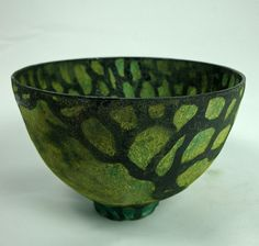 Olia Lamar - green tree eartheneare bowl ceramics