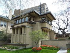 Frank Lloyd Wright's Prairie School architecture is often associated with sprawling structures that hug the ground.  But the Emil Bach House shows us a different side of the Prairie style: a compact, city-friendly side.