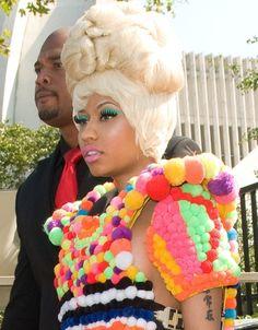 Nicki Minajs puff-ball hairstyle
