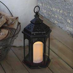 Die perfekte Verschmelzung von rustikalem #Design und modernster #Lichttechnik: die #LED – #Laterne Amber.