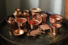 Traditional toy cooking vessels in copper Miniature Kitchen, Miniature Crafts, Mini Kitchen, Vanki Designs Jewellery, Cool Kitchen Appliances, Magic Ring Crochet, Decoration For Ganpati, Homemade Dolls, Ethnic Home Decor