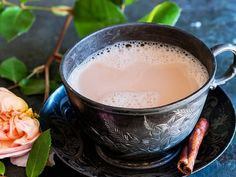 Expert suggestions and guidelines for enjoying a better cup of tea. Love the colours of this image. Though for me a perfect cup of tea is definitely without milk. Perfect Cup Of Tea, My Cup Of Tea, Cuppa Tea, How To Make Tea, Kakao, Tea Recipes, Recipies, Kombucha, High Tea