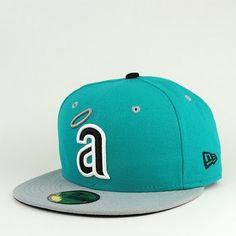 la angels. my husband really needs this hat ;)