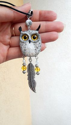 Eagle owl pendant of polymer clay jewelry, polymer clay owl, men jewelry, animal… Polymer Clay Kunst, Polymer Clay Owl, Polymer Clay Animals, Polymer Clay Projects, Polymer Clay Creations, Polymer Clay Jewelry, Owl Pendant, Pendant Necklace, Animal Jewelry