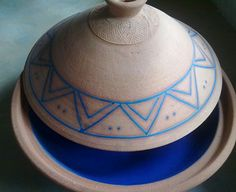 Established 35 years ago, Dargle Valley Pottery are the longest standing members of the Midlands Meander, most famous for Mexican Fireplaces, Morrocan Tagines and Pizza Ovens. More information: www.midlandsmeander.co.za