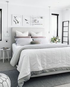 Stylish White Bedroom colour schemes are perfect for a contemporary Bohemian style scheme. Find out all you need to know about putting together a white bedroom palette here. Grey Bedroom Furniture, Master Bedroom Interior, Bedroom Decor, Bedroom Inspo, Bedroom Ideas, Light Bedroom, Bedroom Inspiration, Cosy Bedroom, Bedroom Layouts