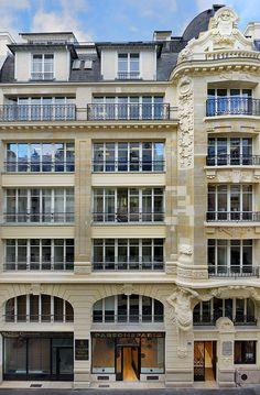Parsons Paris Building