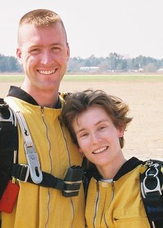 10 Tips for you first skydiving tandem jump   Tell You About It