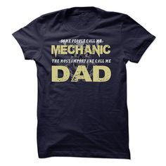 Mechanic Dad is Awesome T SHIRT