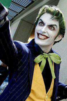 I really love this joker cosplay ; Harley Quinn Cosplay, Joker Cosplay, Joker And Harley Quinn, Best Cosplay, Cosplay Costumes, Awesome Cosplay, Joker Pics, Joker Art, Anthony Misiano