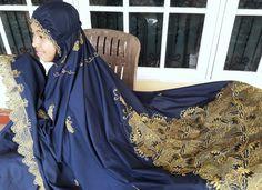 Navy Gold Mukena For Ramadhan.