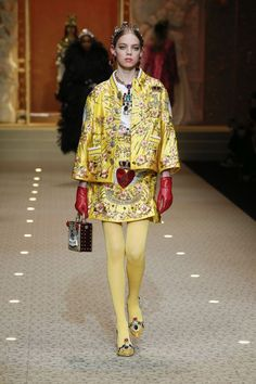 Designers Domenico Dolce and Stefano Gabbana showcased the Dolce&Gabbana Fall Winter womenswear collection presented during Milan Fashion Week. See more images from the Dolce&Gabbana collection presented during Milan Fashion Week below: Cozy Fashion, High Fashion, Fashion Show, Fashion Outfits, Womens Fashion, Fashion Design, Yellow Fashion, Colorful Fashion, Dolce And Gabbana 2017