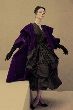 Balenciaga's black tissue-paper taffeta dress tied with a ballooning sash, Vogue, 1951. Photo: Henry Clarke / Condé Nast Archives