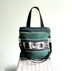 Tasche mit Aztekenmuster in Dunkelgrün / shopper bag with aztec pattern made by BayanHippo via DaWanda.com