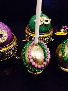 Mardi Gras themed cakepops