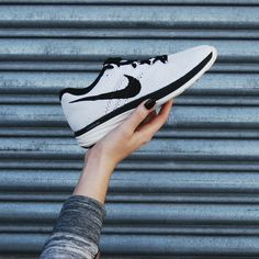 Don't let winter trick you into skipping your workout! Grab some sleek new runners from #PlatosClosetBarrhaven and hit the gym! These crisp white #Nikes are only $35 and can take you from flab to fab in no time! #Fitness #Workout #GymStyle | www.platosclosetbarrhaven.com
