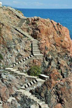 http://guias-viajar.com/ Calas en el camino de ronda de S´Agaró en el Bajo Ampurdán de la Costa Brava
