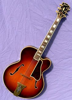 1948 Gibson Super L-5P Serial #: A-2433, white oval label