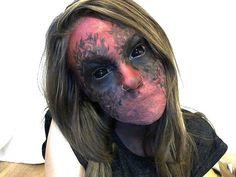 15 Scary Halloween Zombie eye make-up looks Zombie Make Up, Halloween Zombie, Zombie Eyes, Creepy Halloween Makeup, Creepy Makeup, Halloween Costumes, Halloween Ideas, Happy Halloween, Photomontage