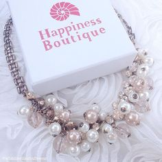 Pearl And Diamond Statement Necklace 22,90 € #happinessbtq
