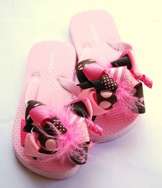 c8f3b3cf6 boutique FUNKY fun PINK and BROWN bow flip flops by andjane