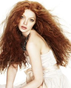 Long and Short Curly Hair Styles Curly Ginger Hair, Short Curly Hair, Curly Hair Styles, Titian Hair, Beautiful Long Hair, Beautiful Redhead, Redhead Hairstyles, Non Blondes, Long Layered Hair